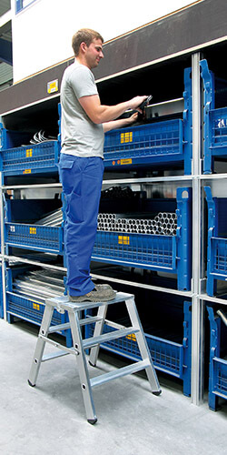 Aluminium klaptrap, tweezijdig begaanbaar