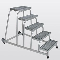 Aluminium plateautrap, staalrooster treden 51021