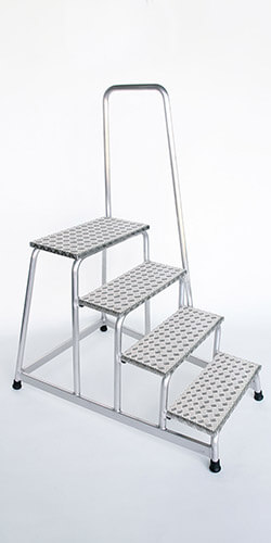 Aluminium plateautrap, traanplaat treden met leuning