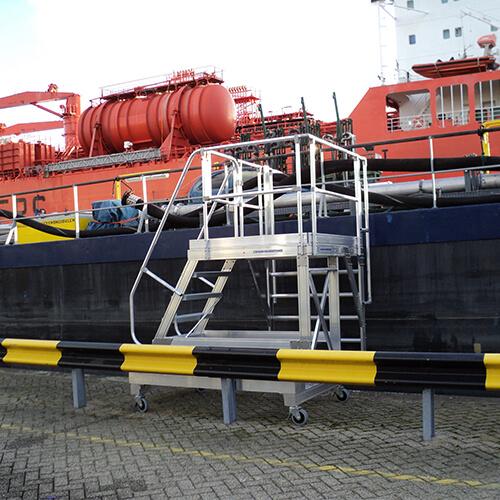 Verrijdbaar hangbordes - Ship Escaper - Roossien Hoogwerktechniek