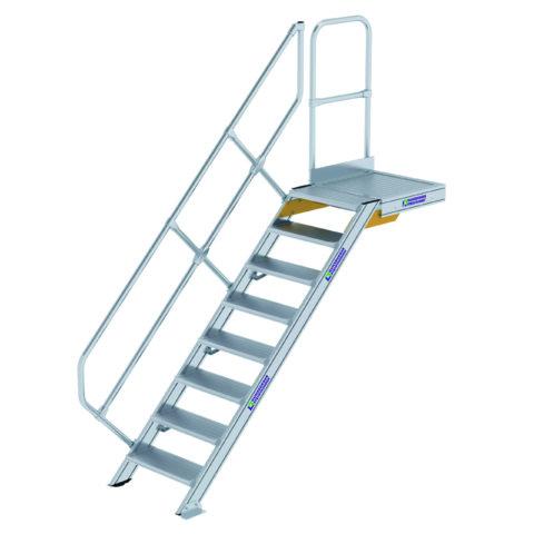 Vaste trap met platform, 45, 600428