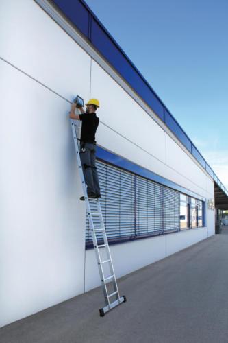 Aluminium-enkele-ladder-met-stabilisatiebalk